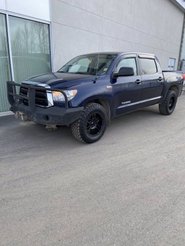 Pre-Owned 2012 TOYOTA TUNDRA SR5 Four Wheel Drive 4WD Crewmax 146 5.7L